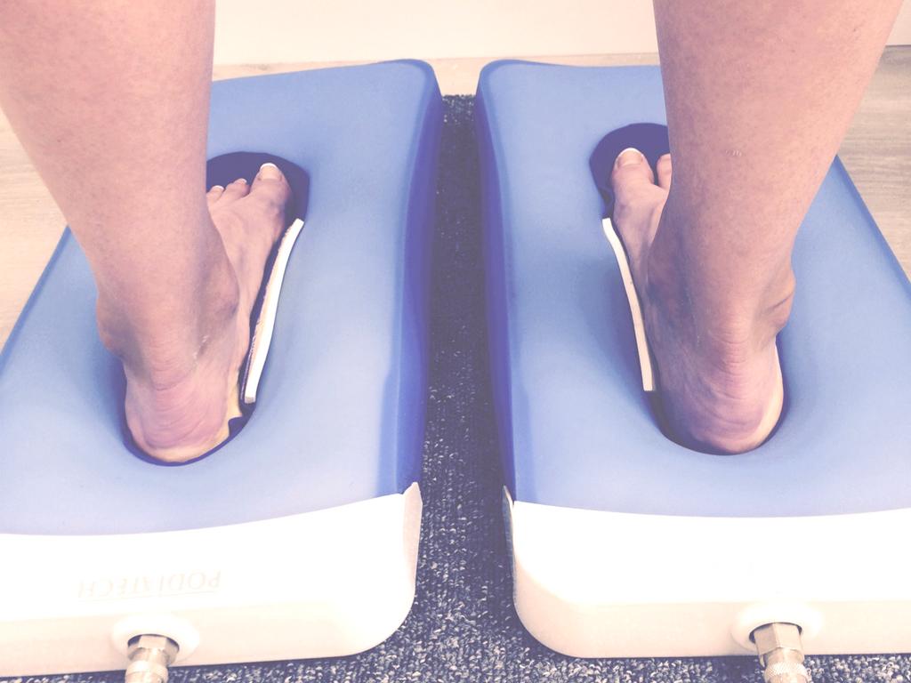 Technique de moulage de deux pieds sur coussins empreinteurs sous vide